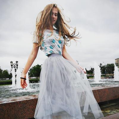 Полина Неверова