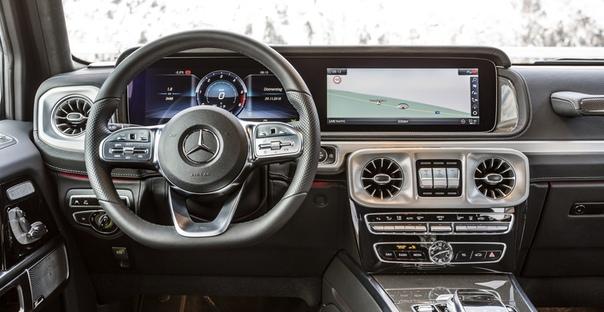 Новый Mercedes G-класса: теперь с дизелем Фото: компания Mercedes-BenzКак и обещал Daimler, к концу года в семействе Гелендевагена нового поколения появилась модификация с турбодизелем. Mercedes
