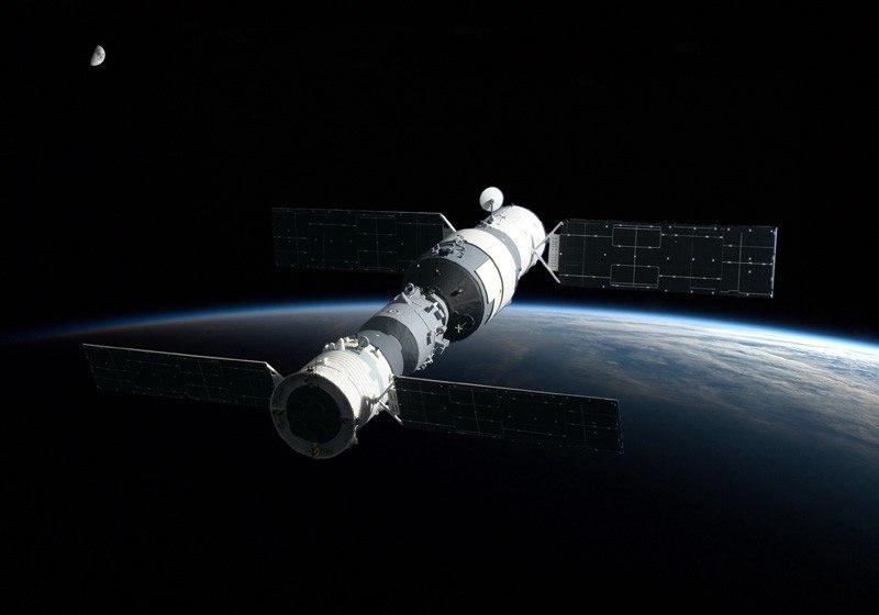 «Тяньгун-1» теряет высоту
