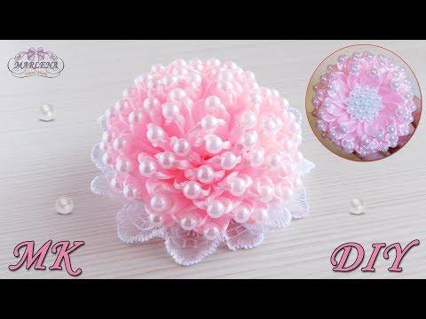 Пышный бант с бусинами из узких лент Lush bow with beads Kanzashi DIY