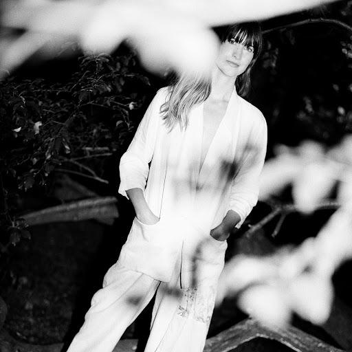 Erika Spring альбом Less