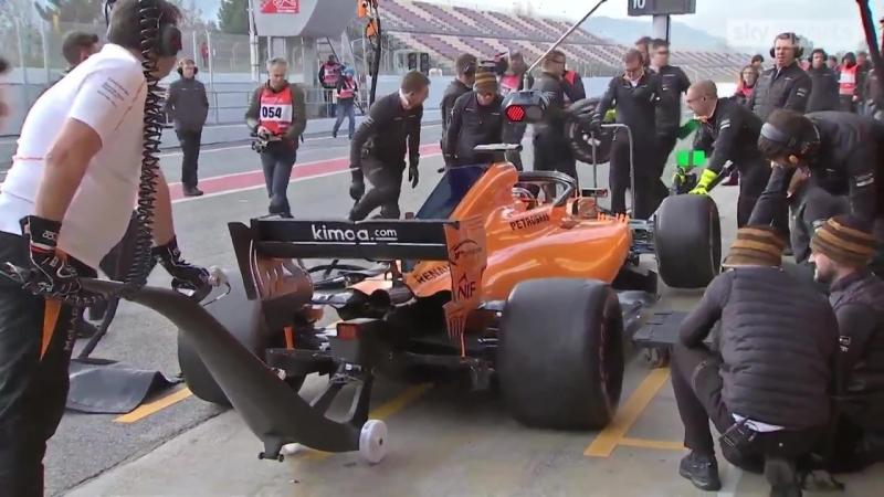 McLaren perfect pitstop