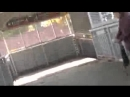 001 УЖАС без СТРАХОВКИ работаеть высотник на сходне на ж д вокзале при певце пророке сан бое