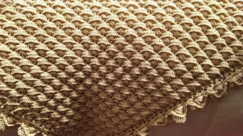Шаль платок крючком (очень простой узор)/ How to crochet a shawl