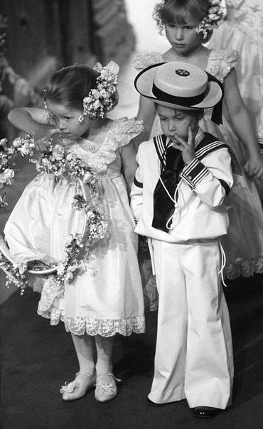 принц уильям на свадьбе дядюшки эндрю вестминстерское аббатство, 23 июля 1986 года