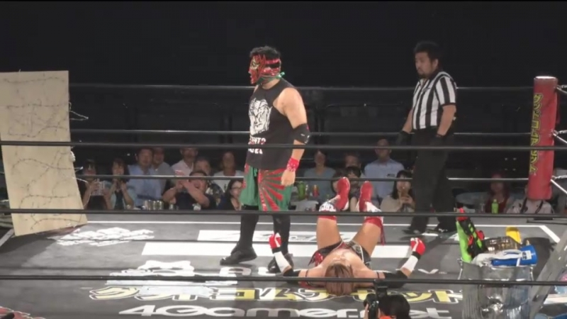 Shunma Katsumata vs. Violento Jack (DDT - Fighting Beer Garden 2018 ~ ALL OUT Day)