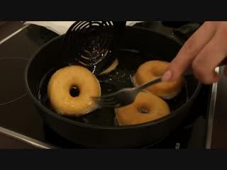 Американские Пончики (Донаты) Покрытые Шоколадом _ Donuts Recipe, English Subtitles.mp4