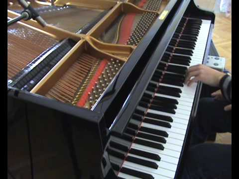Carly Comando - Everyday on Piano (better quality)