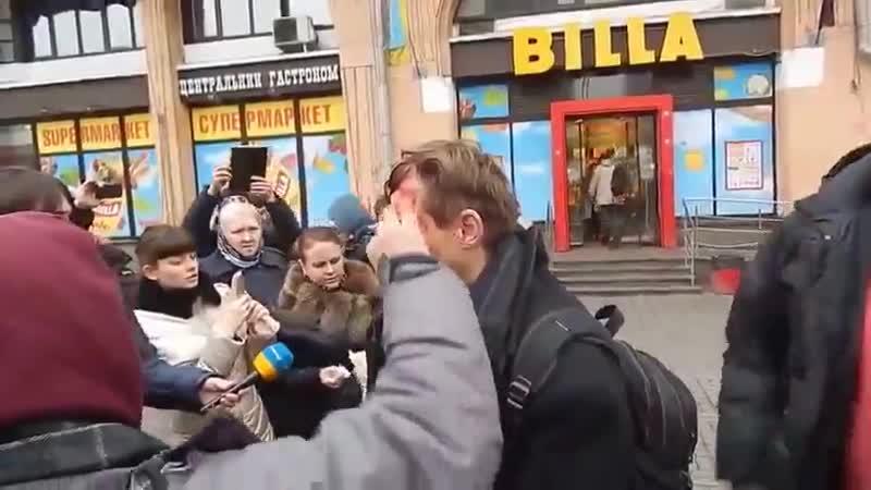 Общение участников акции Ивана Проценко За чистый Киев с майдановцами 15 февраля 2014 года
