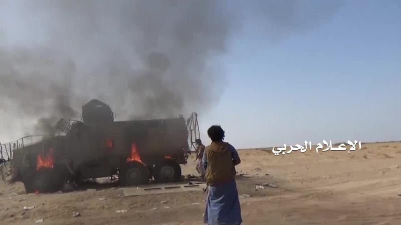 Хуситы сожгли MRAP Caiman южан в Якхтуле. Таиз.