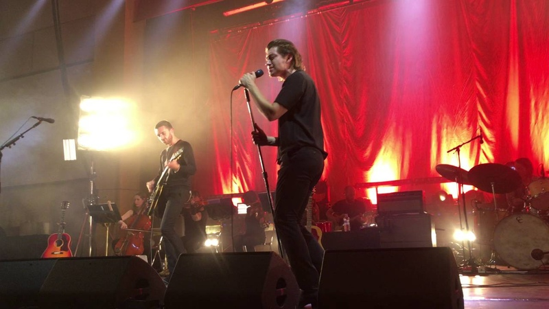 The Last Shadow Puppets - Moonage Daydream (David Bowie Cover) live @ The Spa - Bridlington