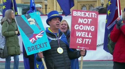 Еще один шанс Терезе Мэй на выход: в Евросовете расширят ад, если Вестминстер отвергнет Брекзит