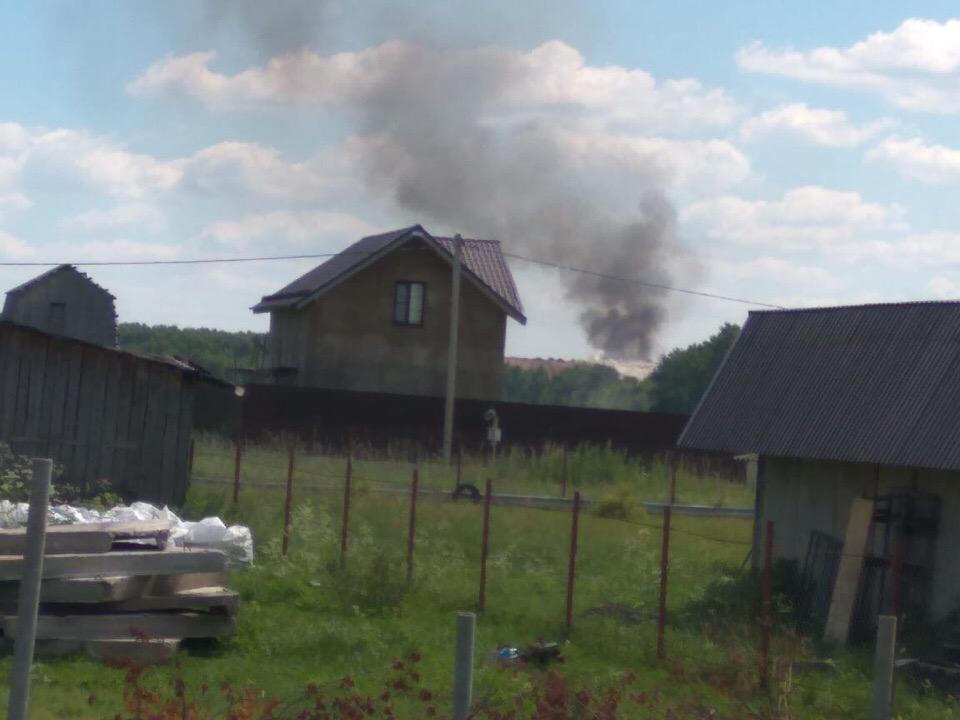 В Дмитровском районе горит полигон ТБО «Непейно»