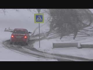 ВОТ ТАК у нас открывают новые дороги. Ул.Волочаевская. Красноярск