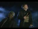 Как Шерлок Холмс и доктор Ватсон.(Отрывок из сериала: Отец Тед).