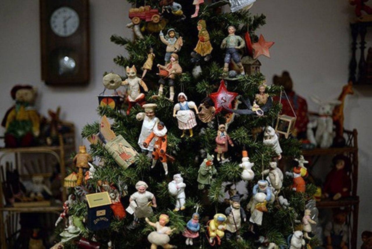 Изготовленные своими руками игрушки для благотворительной елки примут на Новодмитровской