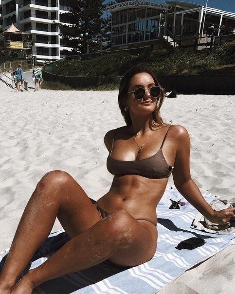 Hot wife round ass gfsboobs com