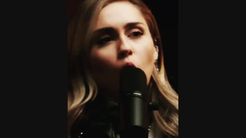 MileycyrusInstaUtility_2697b.mp4