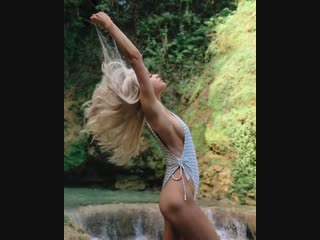 Kristen Hancher | Instagram Stories