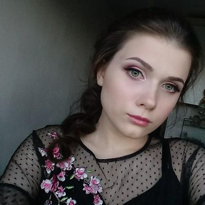 Ева Туманова