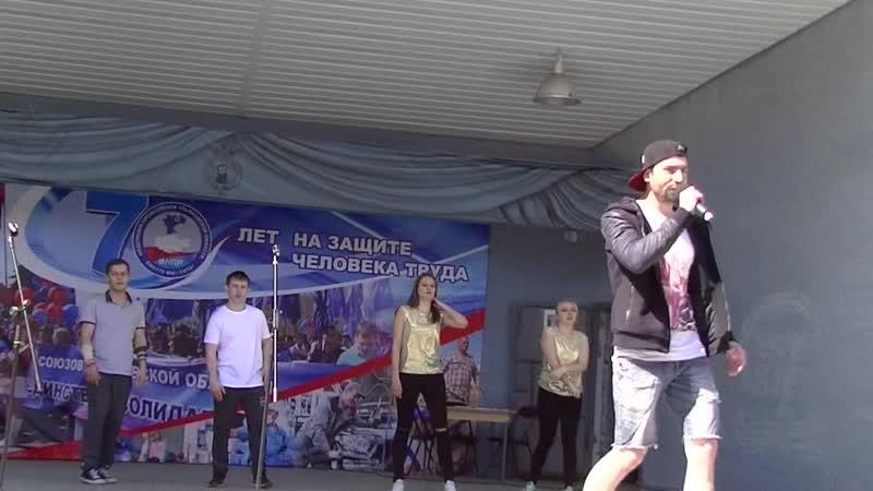 Первомай УАЗа. Песня Кружит и танцгруппа Живая сталь. 1 Мая 2019 г.