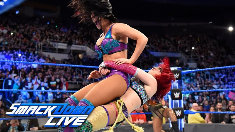 Asuka joins Team Blue in the Superstar Shake-up SmackDown LIVE, April 17, 2018