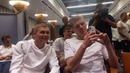 Яремчук і Цуриков співають пісеньку первачка