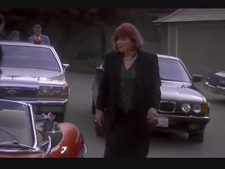 «Коломбо. Убийство в Малибу» (1990) - детектив, реж. Уолтер Грауман