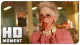 Старушка озверела и напала на посетителей - Легион (2010) - Момент из фильма