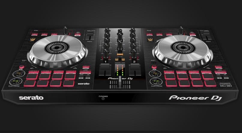 DJ-контроллер