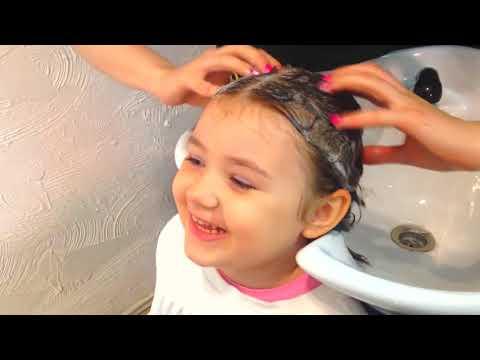 Влог Насте отрезали длинные волосы 🙀 Первая стрижка Ребенка 🙌Первый раз в парикмахерской