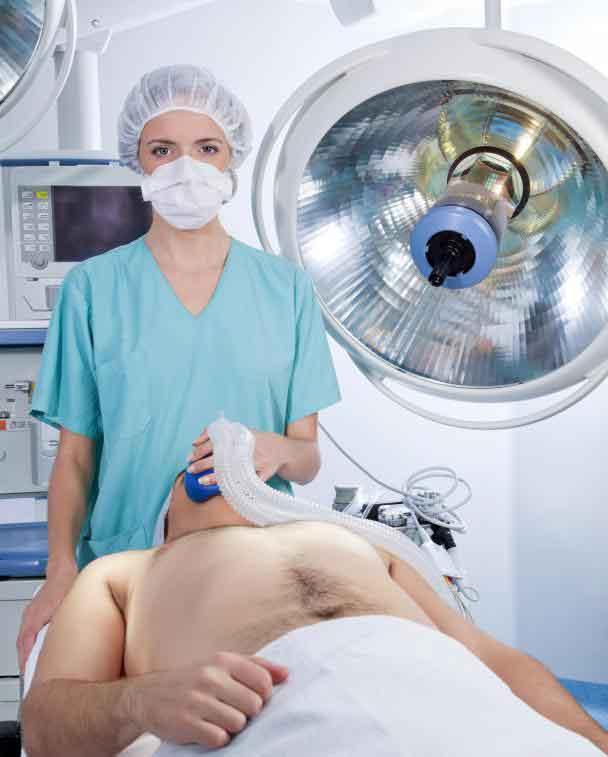 Колоноскопия может потребовать общей анестезии, а сигмоидоскопия - нет.