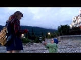 Вечернее море Абхазии. Собираем ракушки.