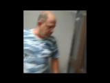 В Сарове в магазине охранник избил задержанного за кражу подростка