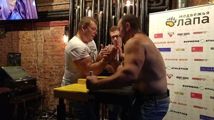 """АРМ on Instagram: """"Финал абсолютки! Антон доминирует! два бокала пива и верховик начинает жестко держать в крюк и ещё пританцовывать за столом) кра..."""