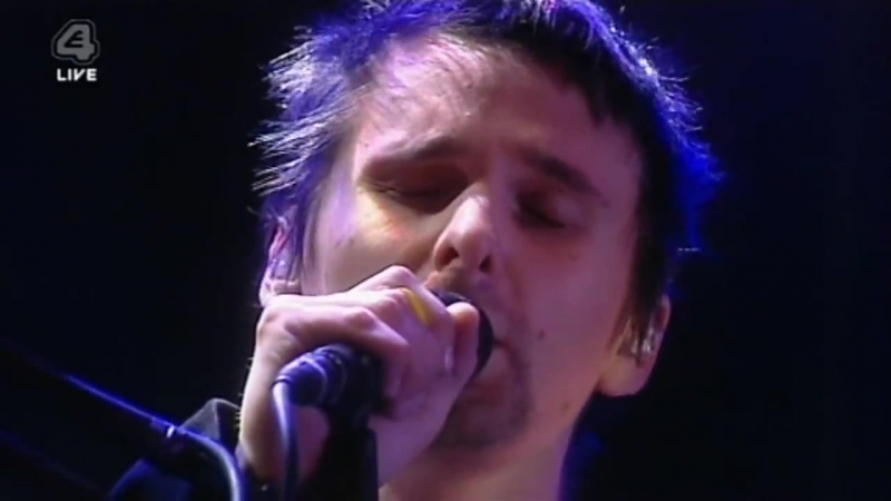Muse - Sing for Absolution (live at V Festival 2004) [HD]