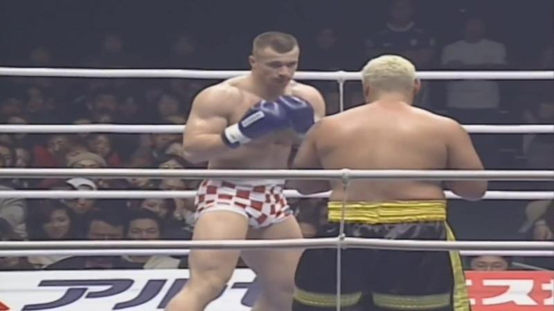 Mirko Filipovic vs. Mark Hunt [K-1 World Grand Prix 2002 in Nagoya]
