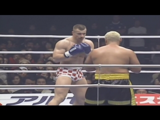 Mirko Filipovic vs. Mark Hunt [K-1 World Grand Prix 2002 in Nagoya]