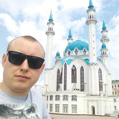 Максим Молчанов