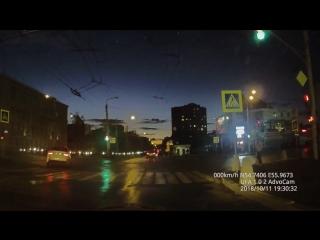 Дтп На ул. Ибрагимова и Пархоменко. Киа Рио и Ваз 2107