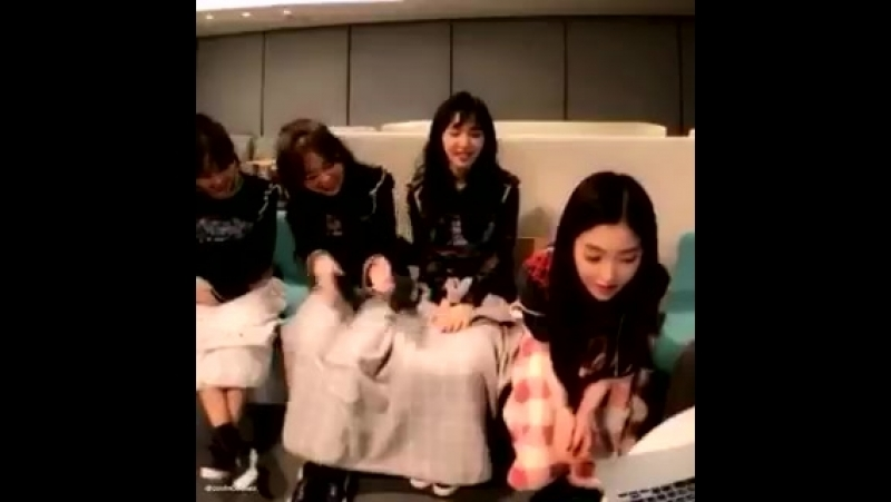 Now we know why the members think its hilarious when irene hums in the car