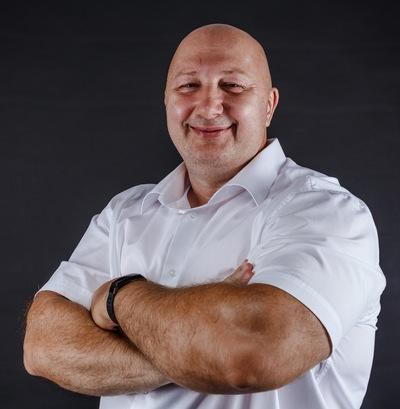 Олег Строев