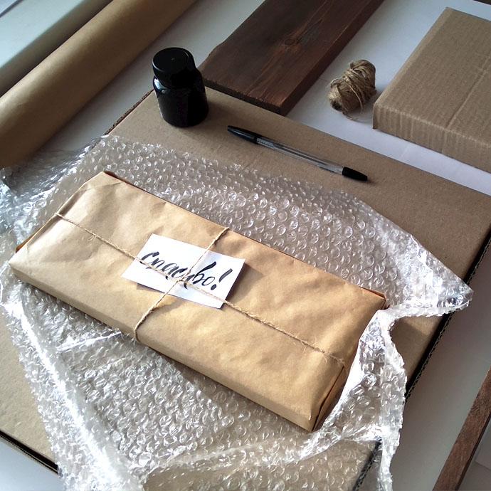 Пример. Упакованная деревянная табличка