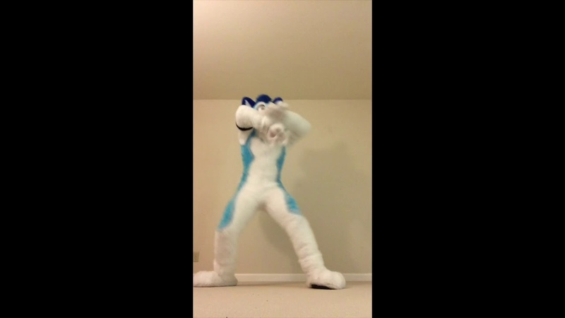 Fluke - Disturbia - HALLOWEEN Fursuit Dance Freestyle