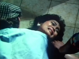 сексуальное насилие(групповое изнасилования, rape) из фильма: Сведение счетов(Final Score) - 1986 год