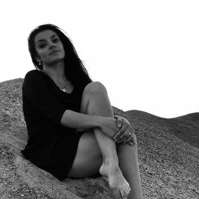 Ани Закарян