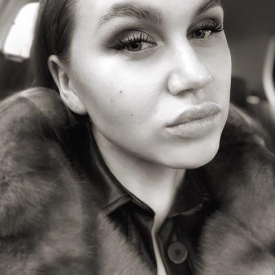 Елена Лукинских