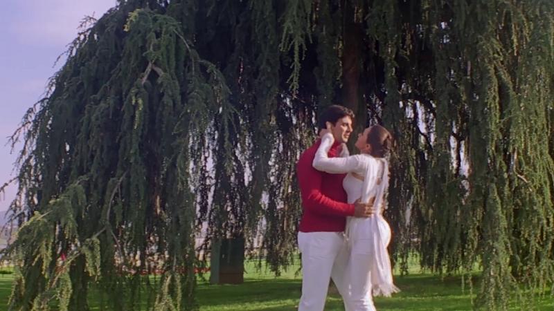 КЛИП ИЗ ФИЛЬМА: УЗЫ ЛЮБВИ / EK RISHTAA: THE BOND OF LOVE (2001) - MOHABBAT NE MOHABBAT KO (АКШАЙ К. КАРИШМА К.)