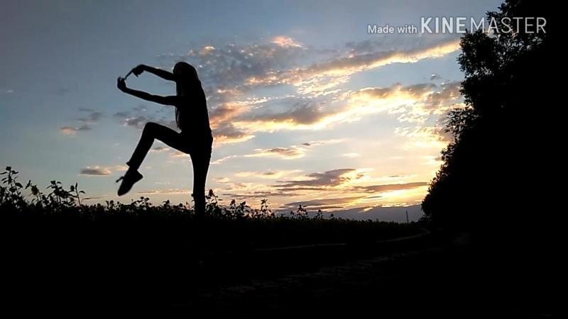 Прыжок моей модели гимнастки