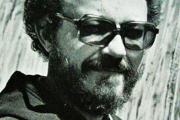 Томас Харрис. Томас Харрис представляет большой интерес для ценителей жанра детектива и триллера. Его произведения завоевали популярность во всём мире, и все без исключения были перенесены в